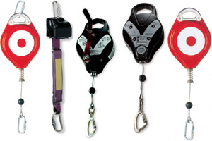 RETRACTABLE FALL ARREST DEVICES